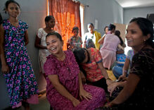 India plans surrogacy ban for foreigners and gay couples