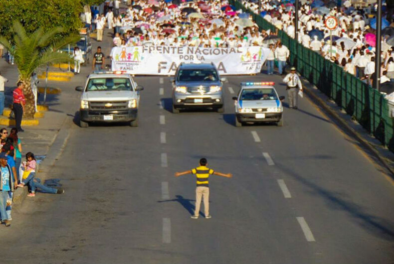 12-year-old Mexican boy faces down 11,000 marching homophobes