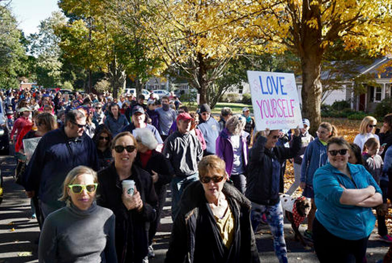 Hundreds of women march in yoga pants after catty comments from gay man