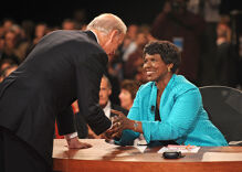 PBS anchor and veteran journalist Gwen Ifill dead at 61