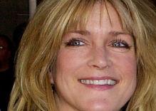 'Cindy Brady' Susan Olsen apologizes for antigay slur, denies she's 'homophobic'