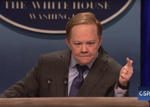 SNL: Kristen Stewart comes out as 'so gay,' Melissa McCarthy plays Sean Spicer