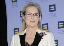 Meryl Streep goes after Trump again in emotional speech at HRC gala