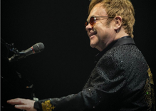 Elton John cancels concerts to fight 'potentially deadly' infection