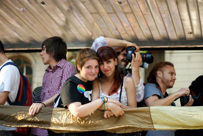 Study seriously suggests bisexual women exist because straight men are into them