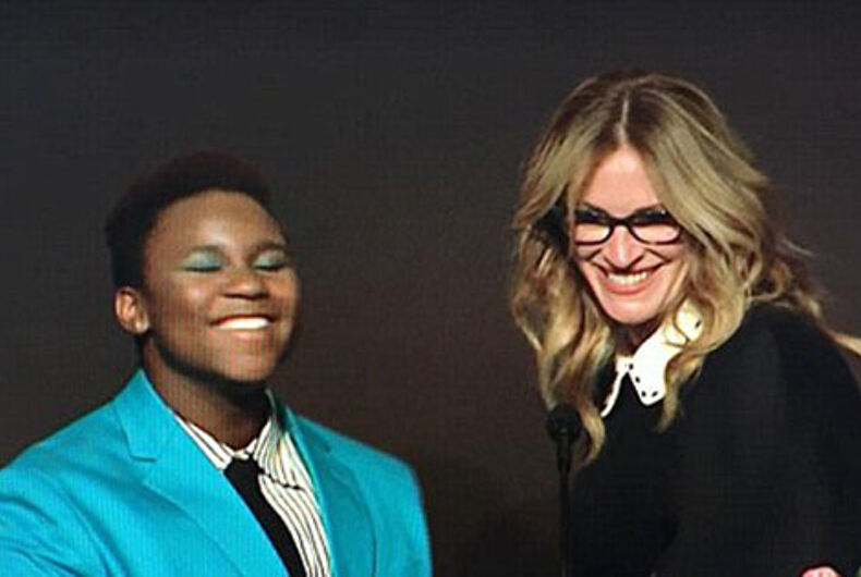 Julia Roberts stands by transgender teen: 'I want all students to feel safe'