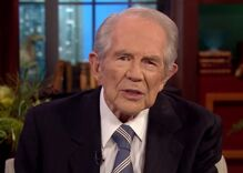 Pat Robertson wants you to know that former Supreme Court Justice David Souter is gay