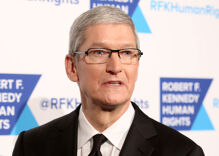 Trump is threatening Apple now. Tim Cook will eat him for lunch.
