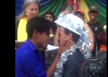 14 LGBTQ couples from the migrant caravan just got married in Mexico