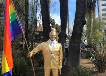 Street artist erects satirical statue of Kevin Hart ahead of this weekend's Academy Awards