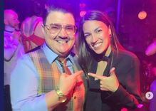 Alexandria Ocasio-Cortez went to see a drag show & with only 10 words she had the crowd roaring