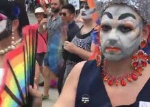 That time drag queens shut down haters with synchronized fan thworps