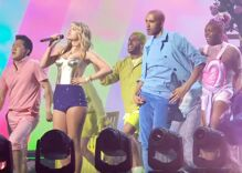 Taylor Swift made the VMAs as queer as it could possibly get