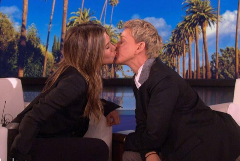 Jennifer Aniston and Ellen kissing