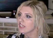 A waitress refused to serve 2 transphobic customers. She got fired.