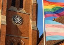Anti-LGBTQ note left on church altar spawns incredible reaction from pastor