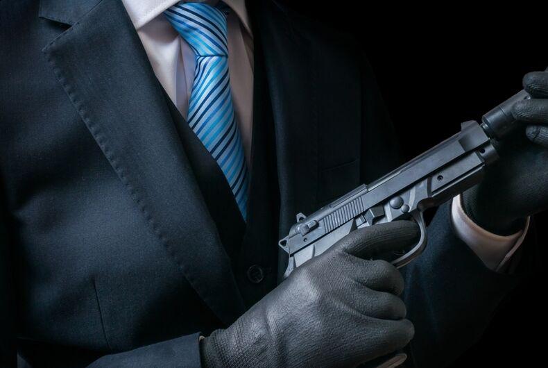 A mafia hitman orders the murder of Filippo Gangitano by Andrea Mantella using a gun