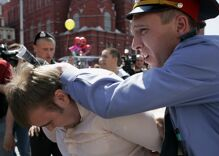 """Shocking percentage of Russians want to """"eliminate"""" gay & lesbian people"""