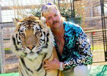 """""""Tiger King"""" Joe Exotic quarantined inside prison medical center for coronavirus"""