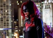 """Here's how """"Batwoman"""" will handle the unexpected departure of its lesbian lead character"""