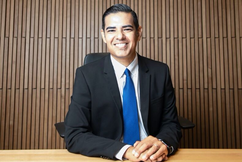 Mayor Robert Garcia