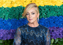 Jane Krakowski denies she had a secret fling with MyPillow CEO Mike Lindell