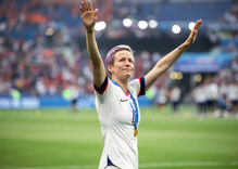 "Megan Rapinoe calls out NBA star for showing ""his whole ass"" after sexist remark"