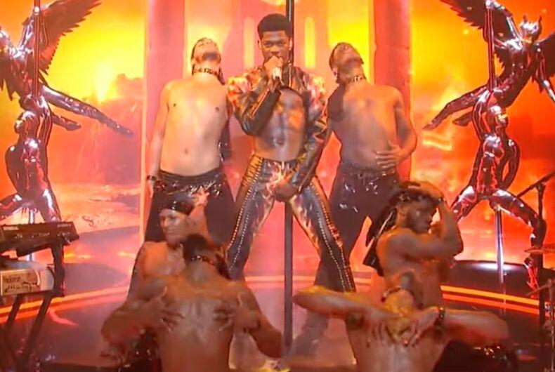 Lil Nas X, SNL, pants split open