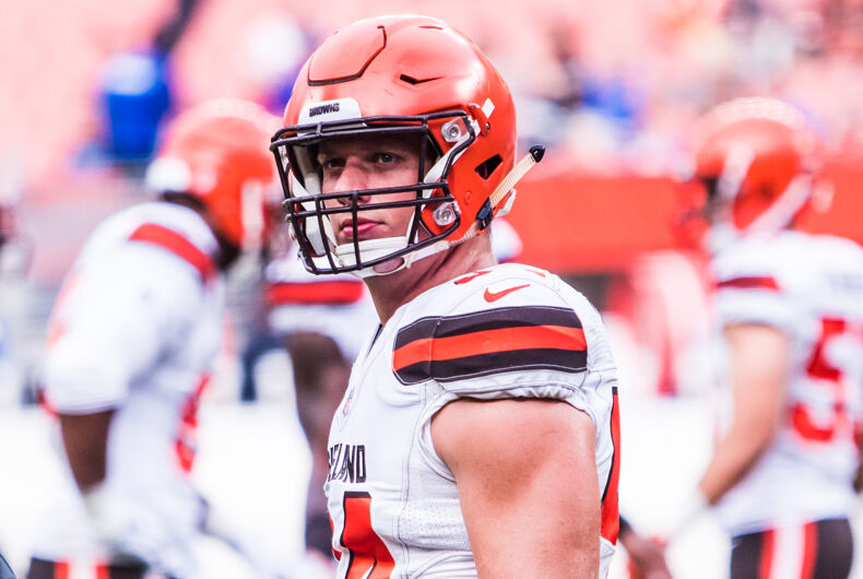 Carl Nassib playing for the Cleveland Browns during a game in 2018.