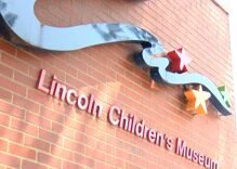 Children's museum receives death threats because drag queens were planning to read there