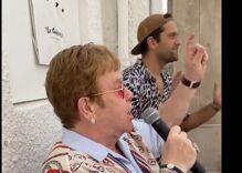 Elton John shocks diners with surprise performance at beachside restaurant