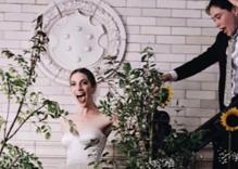 """""""Younger"""" actress Molly Bernard marries her """"treasure"""" Hannah Lieberman"""