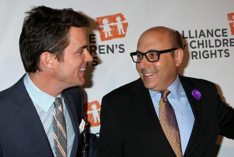 Willie Garson (r) with out actor Matt Bomer in 2014