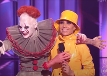 JoJo Siwa represents queer people by dressing up as Pennywise & getting perfect DWTS score